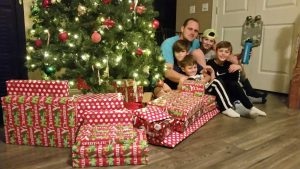 Firefighter and his family in St. Louis County receives Christmas gifts