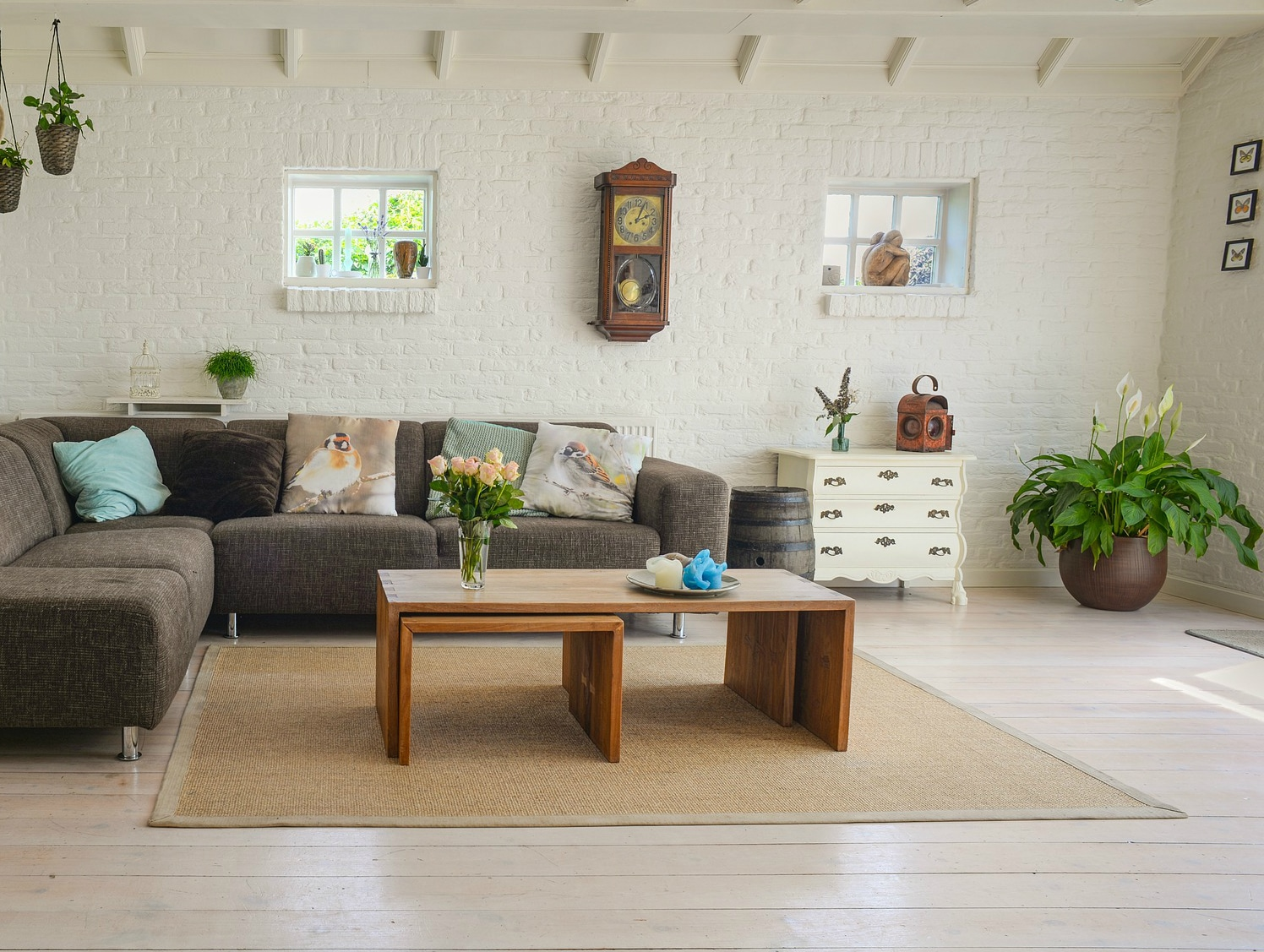 Living Room Staged To Sell A House