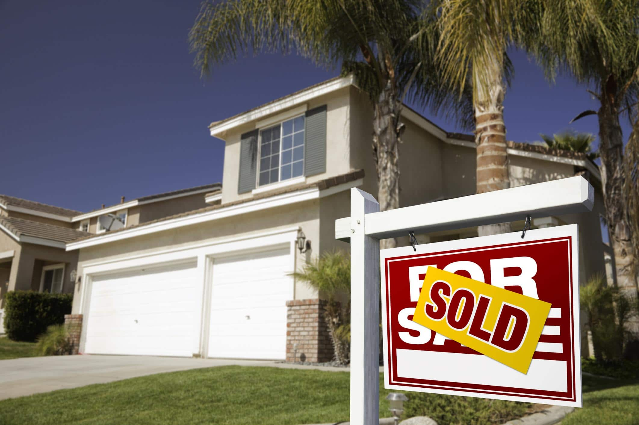 For Sale Sold Sign: What To Expect When Selling A