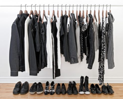 clean closet for home staging