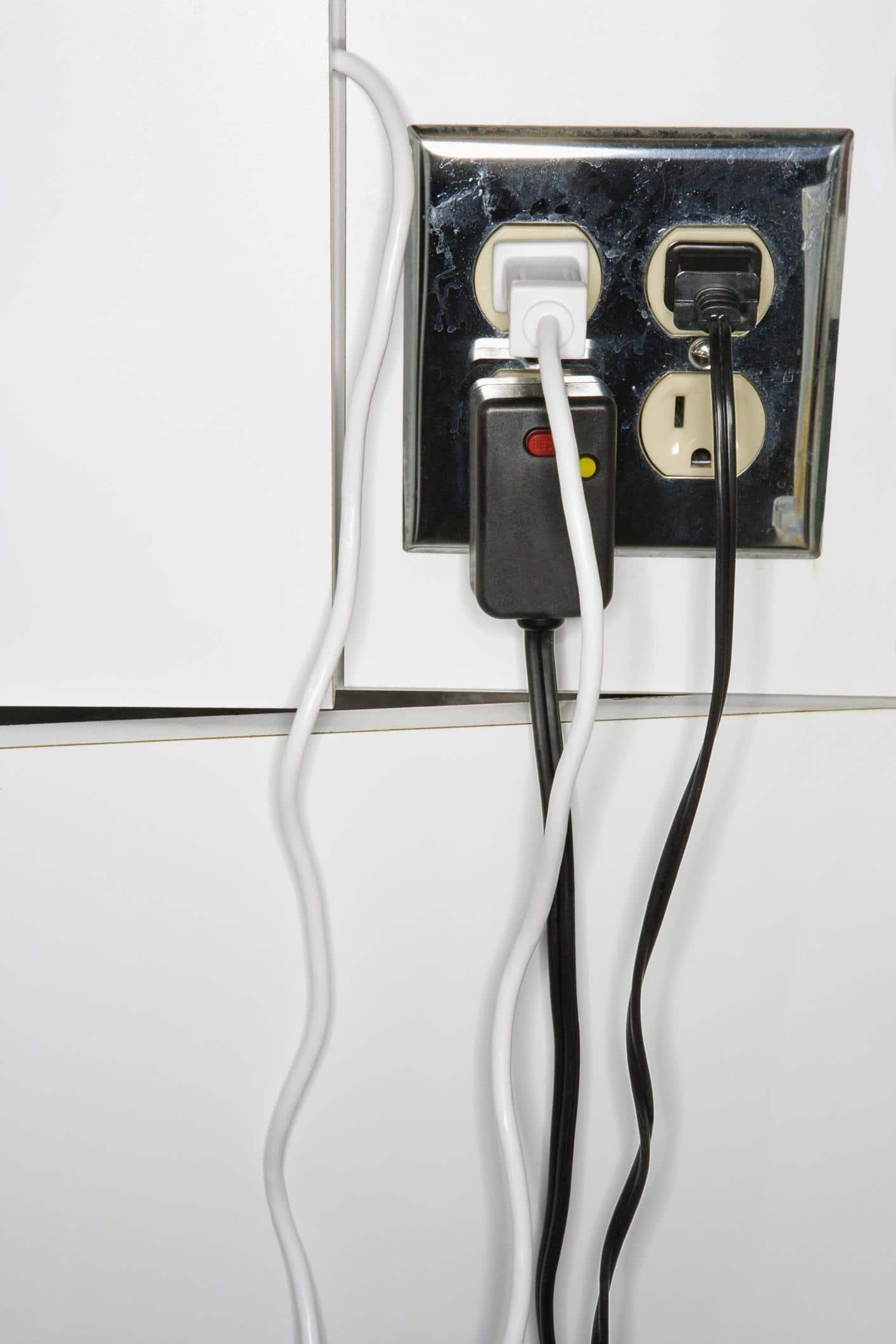 unplug unused cords