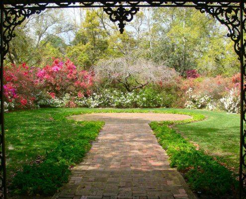 garden strolls in Birmingham, Al