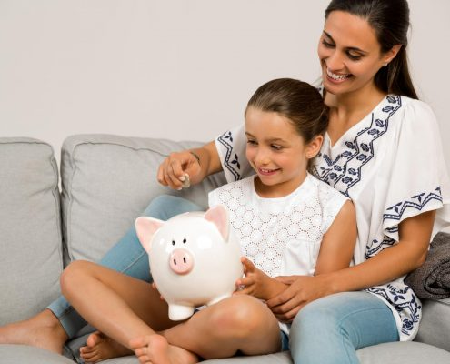 military wives save money